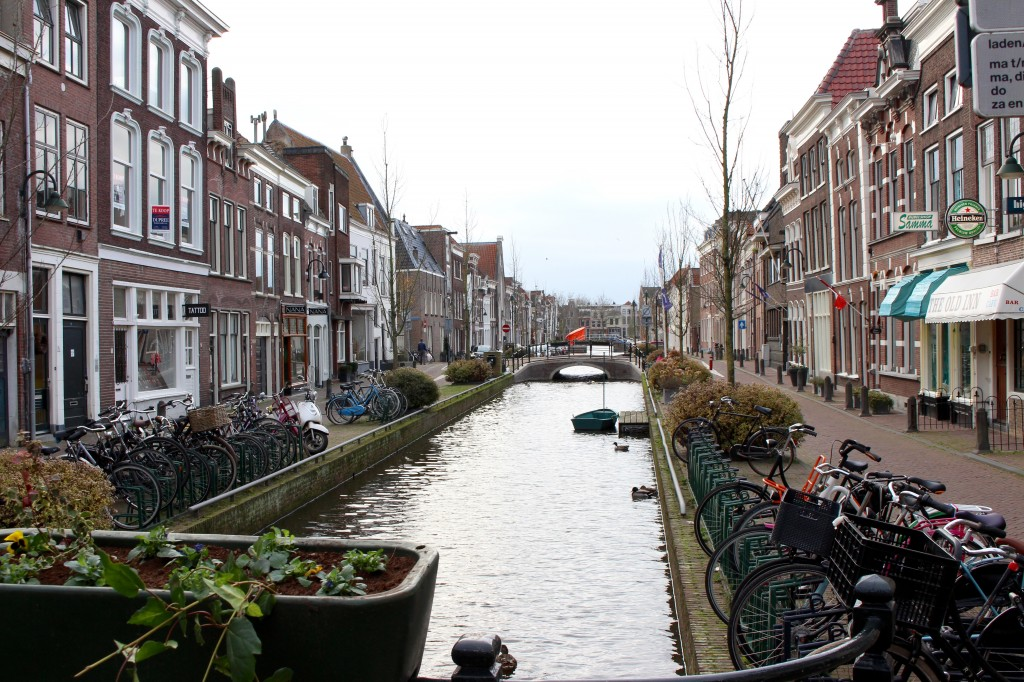 Little streets and Canals in Gouda