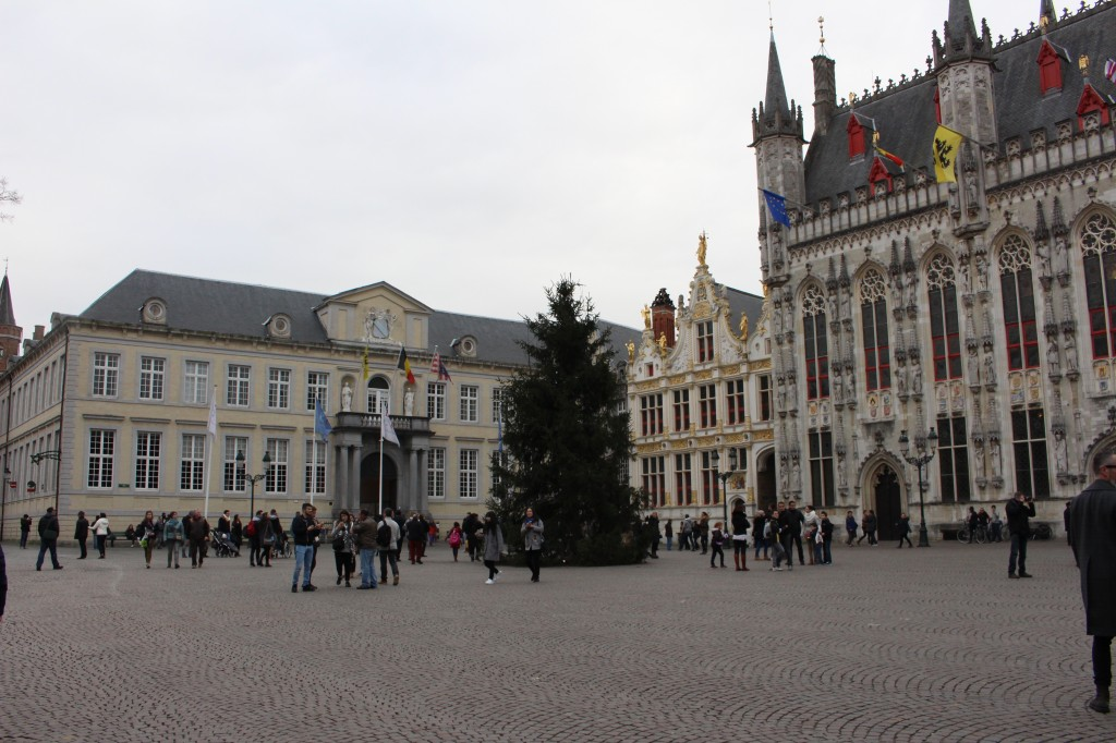 The City Hall and Civil Registry at Burg Square
