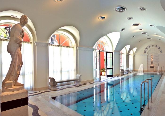 Villa Padierna Palace Hotel pool