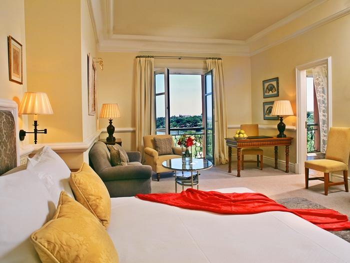 Villa Padierna Palace Hotel room