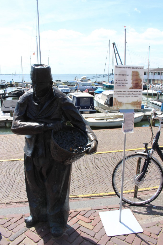 Symbolic statue of a fisherman in Volendam