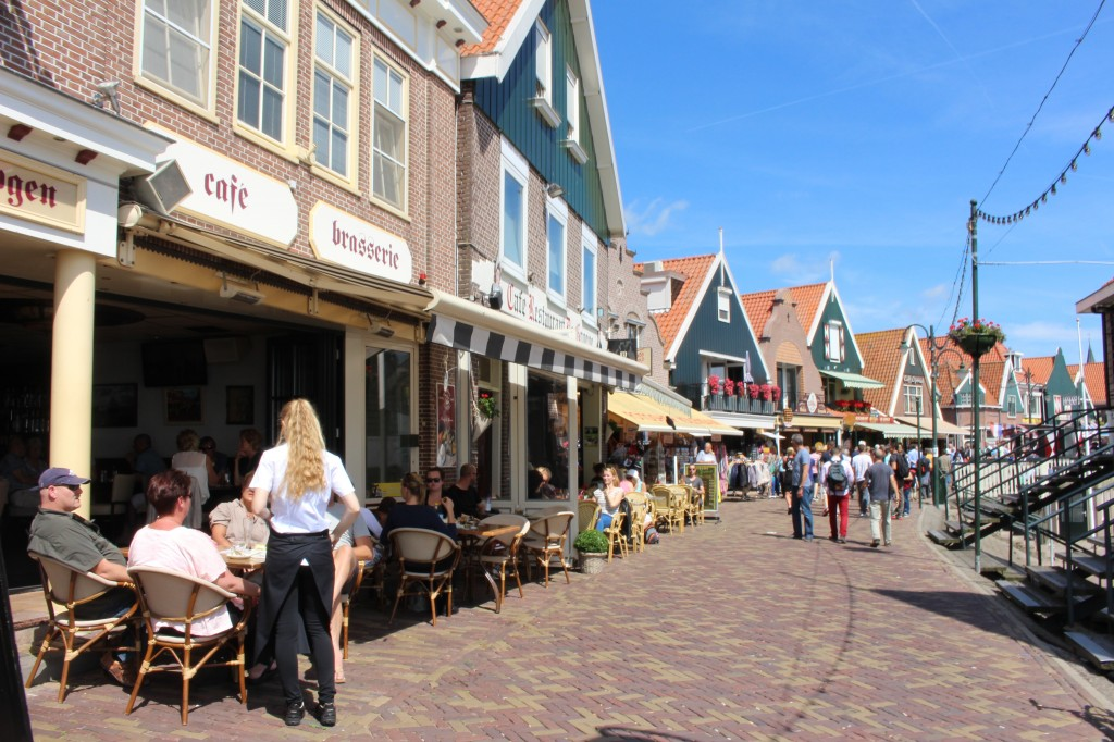 Restaurants along the path in Volendam