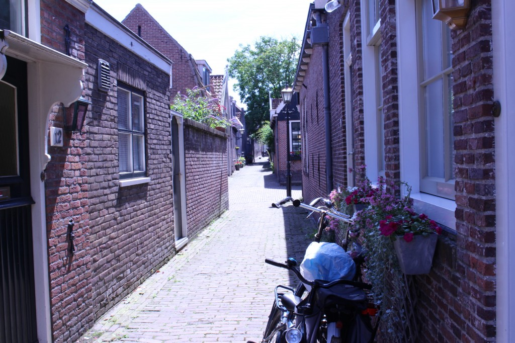 Small streets of Edam