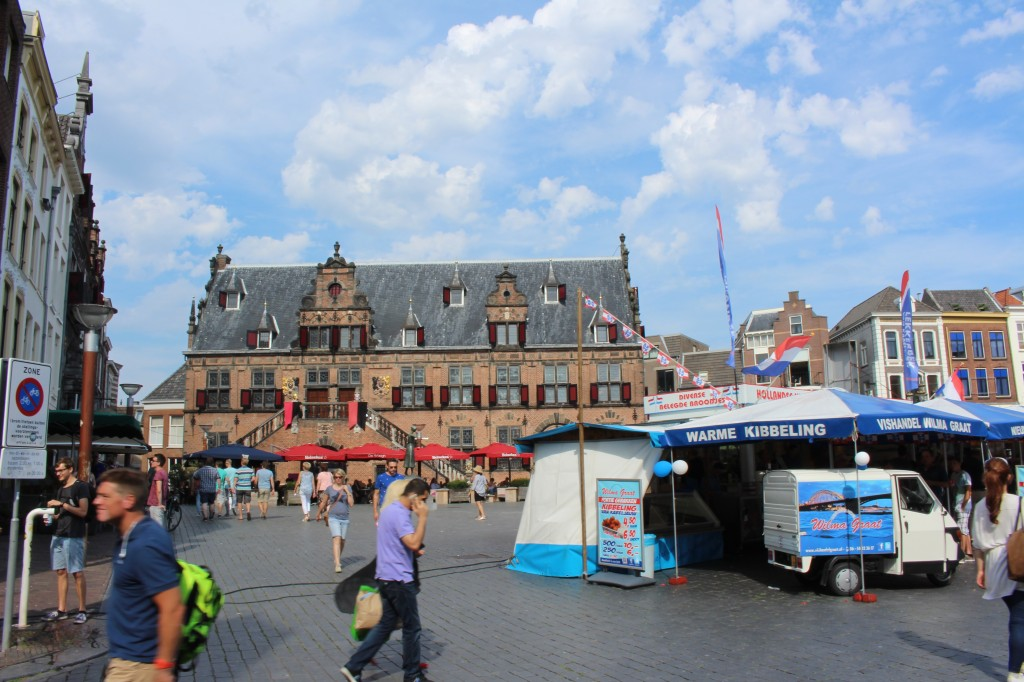 The Market in Nijmegen with the Waagh in the background